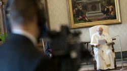El papa carga contra la riqueza desde esta sala del lujosísimo Vaticano: