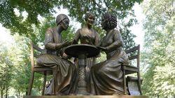 Une première statue de «vraies femmes» inaugurée à Central