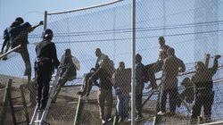 Al menos 26 detenidos y 9 agentes heridos en un motín contra el confinamiento en el CETI de