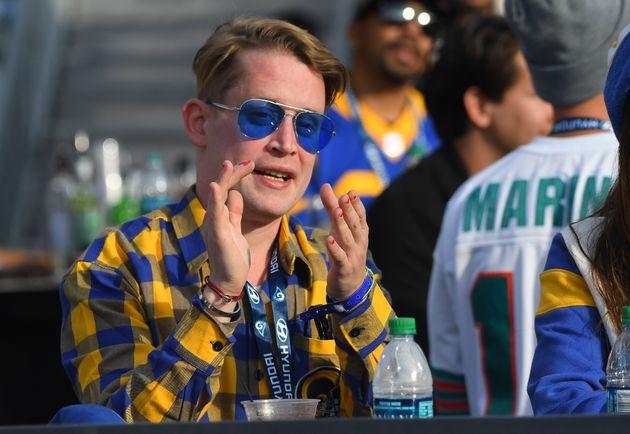 Macaulay Culkin em evento no dia 29 de dezembro de 2019, em Los Angeles, na