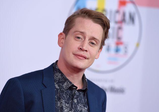 Macaulay Culkin arrives at the 2018 American Music