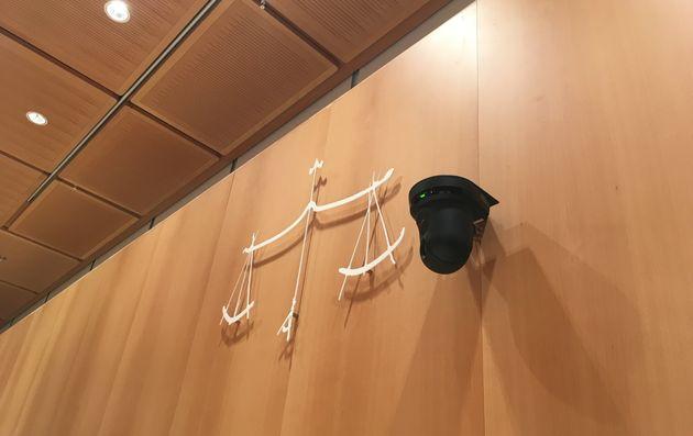 L'une des cinq caméras utilisées pour l'enregistrement du procès des attentats de janvier