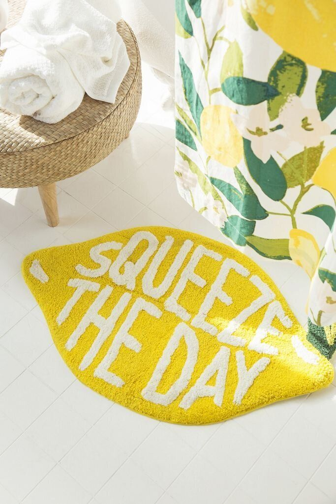 Everyone's Going Bananas Over Fruit Prints These Days 11