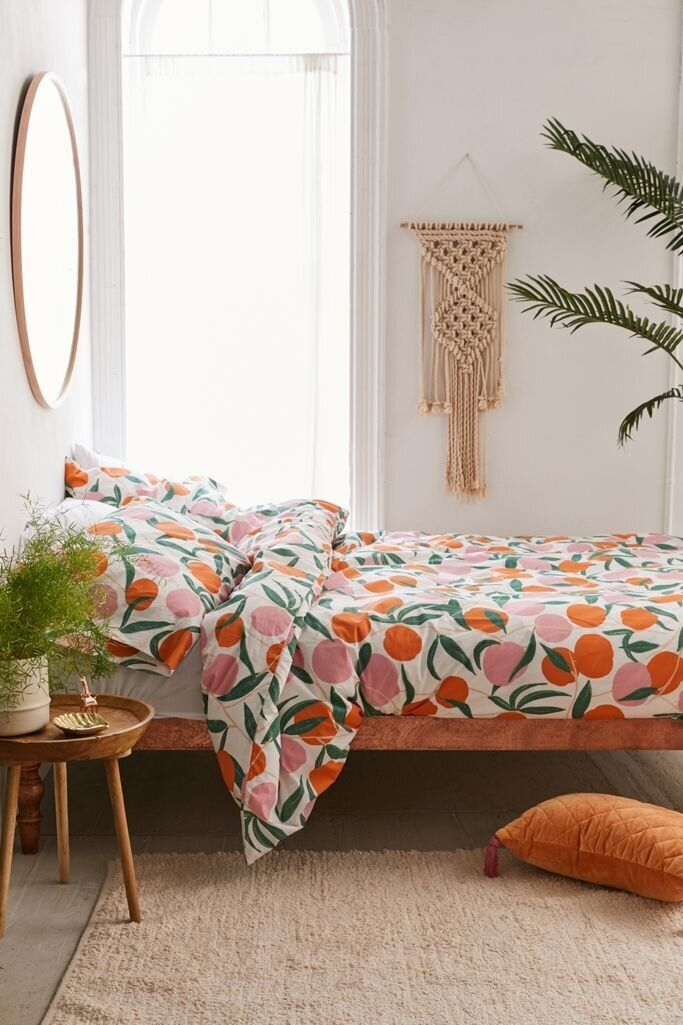 Everyone's Going Bananas Over Fruit Prints These Days 22
