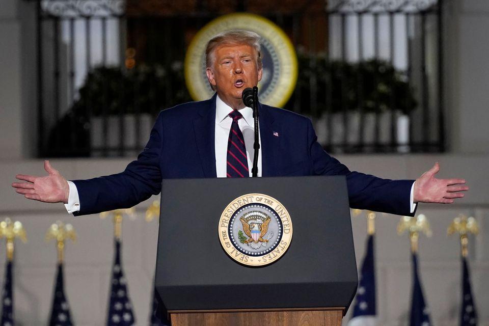 공화당 전당대회 마지막 날, 도널드 트럼프 대통령이 백악관 사우스론에 마련된 무대에서 대선후보 수락연설을 하고 있다. 2020년