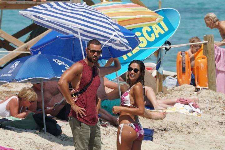 Lara Álvarez y Adrián Torres en Formentera.