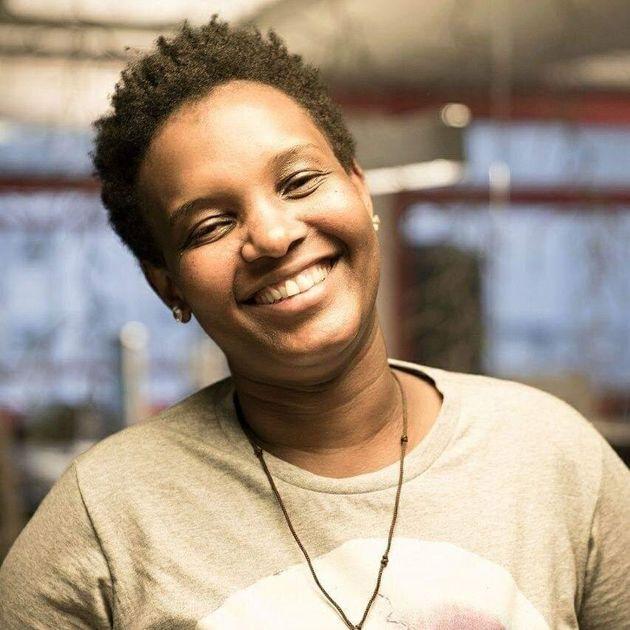 Lara foi forçada a fugir de Moçambique pela sua orientação sexual e encontrou...