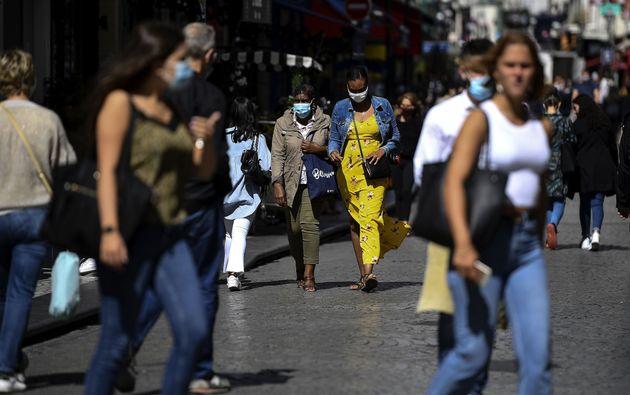 Plus de 7000 nouveaux cas de coronavirus ont été enregistrés en 24 heures en France...