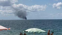 Migranti, barca si incendia ed esplode al largo nel