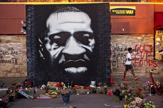 «George Floyd, la victime, était particulièrement vulnérable car les policiers...