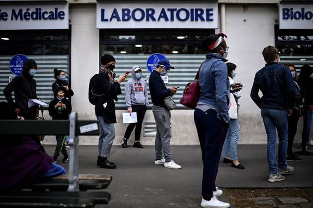 En Île-de-France, le taux de positivité des tests covid-19 est plus important qu'au niveau