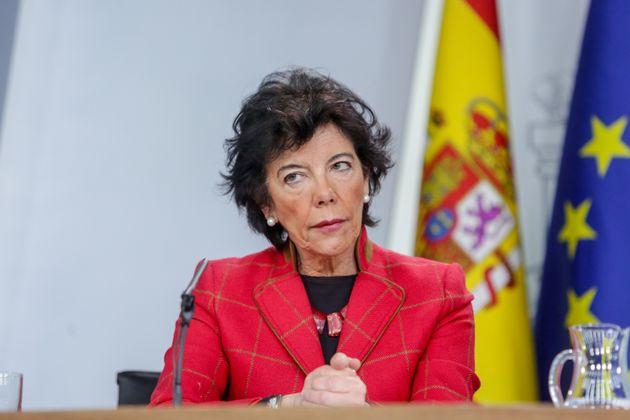 La ministra de Educación, Isabel Celáa, en una rueda de prensa el 17 de enero de 2020 (Ricardo...