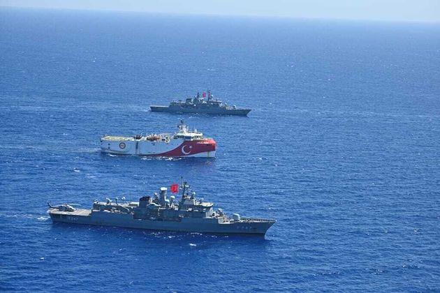 SZ: Ελλάδα και Τουρκία βρέθηκαν κοντά σε συμφωνία για τα ελληνοτουρκικά | HuffPost Greece