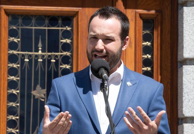 Mathieu Lacombe, ministre provincial de la Famille (photo