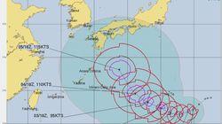「台風10号」の日本列島直撃を警戒する声が広がる。海外の気象機関の進路予測は?