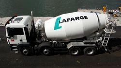 Lafarge accusé de déverser du ciment dans la Seine en plein