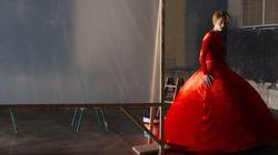 Η πρώτη αγγλόφωνη ταινία του Αλμοδόβαρ στο Φεστιβάλ Βενετίας: «Η Ανθρώπινη Φωνή» με την Τίλντα
