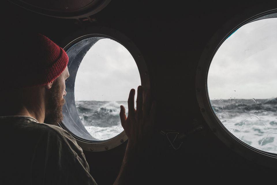 """""""On est seuls au monde"""": témoignage d'un marin français coincé en mer depuis plus de 6 mois à cause du coronavirus (photo d'illustration)"""