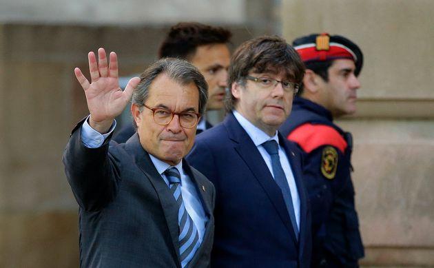 Artur Mas y Carles Puigdemont, en los juzgados de Barcelona, en