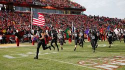 Iowa State, In Coronavirus Hot Spot, To Let 25,000 Fans Attend Football