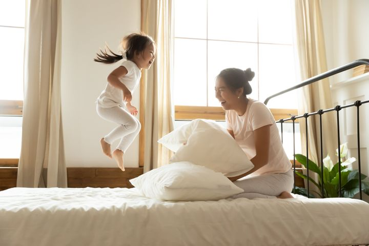 "We found Labor Day mattress and bedding deals from places like <a href=""https://fave.co/2xq00k5"" target=""_blank"" rel=""noopener noreferrer"">Brooklinen</a>, <a href=""https://fave.co/2RAzzkL"" target=""_blank"" rel=""noopener noreferrer"">Allswell</a>&nbsp;and&nbsp;<a href=""https://fave.co/34HbsK3"" target=""_blank"" rel=""noopener noreferrer"">Casper</a>."