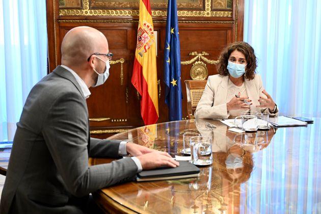 Nacho Álvarez, secretario de Estado de Derechos Sociales, y María Jesús Montero, ministra de Hacienda,...