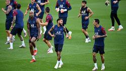 Trois joueurs du PSG dont Neymar  positifs au