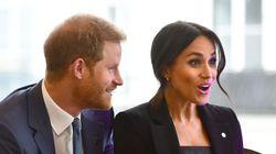 Príncipe Harry e Meghan assinam contrato com a