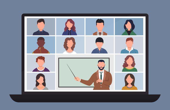 Selon les experts, le succès de l'apprentissage en ligne pourrait dépendre de la capacité des professeurs à bien adapter leurs cours.