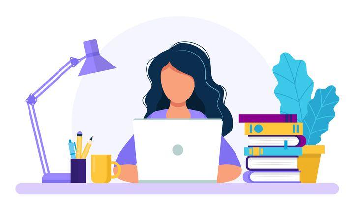 L'apprentissage en ligne a éliminé bon nombre d'obstacles auxquels elle est habituellement confrontée en classe, souligne une étudiante.