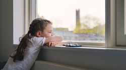 Más allá de lo académico: lo que perderían niños y adolescentes con el cierre de los