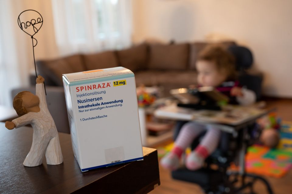 Desde 2019, o Spinraza é um dos medicamentos para o tratamento da AME que está disponível...