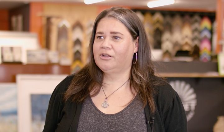 Angela Marr-Grogan, a Birrbay woman with connections to the Dhanggatti and Warrimay people, will exhibit her works at ArtWalk 2020.