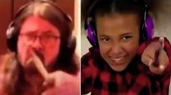 O épico duelo de baterias entre Dave Grohl e uma garotinha de 10
