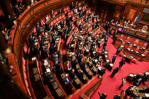 No al taglio dei parlamentari, ennesima falsa