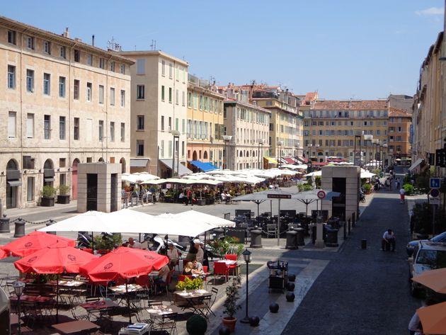 À Marseille, bars et restaurants vont pouvoir fermer (un peu) plus tard (Photo d'illustration:...