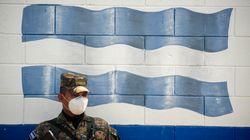 La tregua del Salvador. Il Governo scende a patti con la malavita (di C.