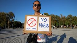 Συγκεντρώσεις σε πόλεις της Ελλάδας κατά της χρήσης μάσκας στα