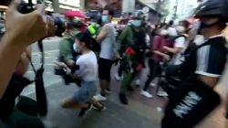 La policía de Hong Kong arresta de forma violenta a una niña de 12