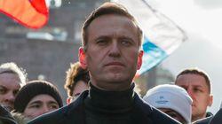 Alexei Navalny è uscito dal coma, è