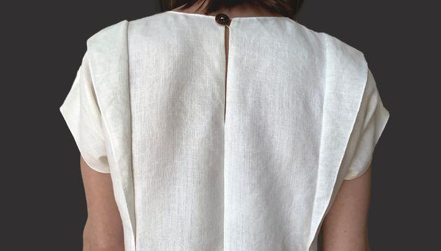 Cette robe nécessite moins d'un mètre de tissu, ça n'est pas
