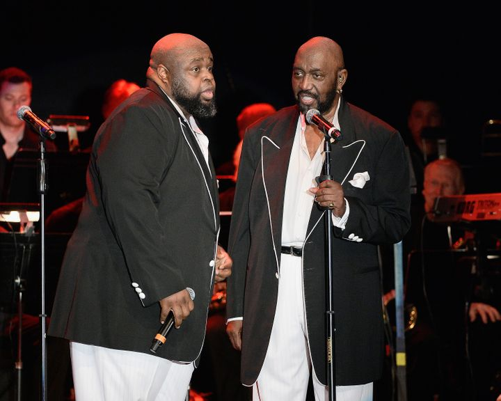Musicians Bruce Williamson (L) and Otis Williams perform during The Temptations appearance at The Canyon Club on March 20, 20