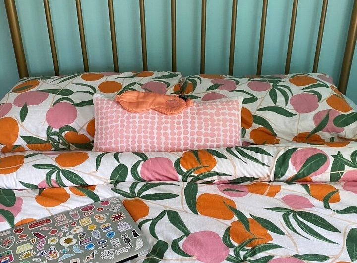 """All&rsquo;s well with Allswell: It&rsquo;s the best mattress I&rsquo;ve ever had. I paired it with&nbsp;<a href=""""https://fave.co/2YEgiDU"""" target=""""_blank"""" rel=""""noopener noreferrer"""">peach printed sheets</a>, a matching&nbsp;<a href=""""https://fave.co/2YF0MHX"""" target=""""_blank"""" rel=""""noopener noreferrer"""">duvet set</a> and a&nbsp;<a href=""""https://fave.co/35hylnn"""" target=""""_blank"""" rel=""""noopener noreferrer"""">silk sleeping mask</a> for a good night's sleep."""