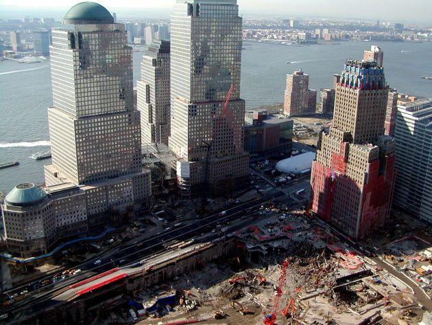 世界貿易センタービルの崩壊現場跡(2002年4月2日)