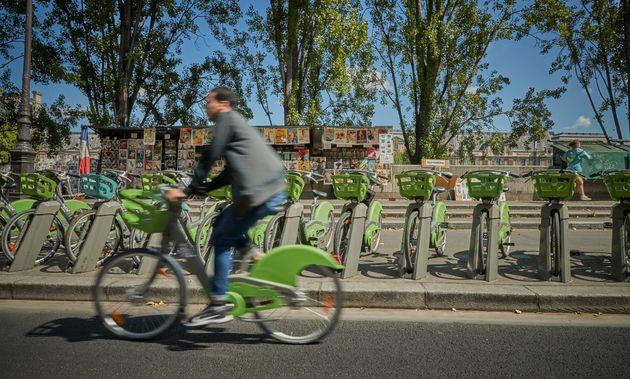 L'utilisation du Vélib' à Paris (ici le 4 août) a explosé depuis le