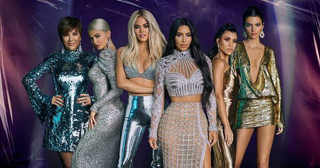 L Incroyable Famille Kardashian S Arrete Apres 20 Saisons Le Huffpost
