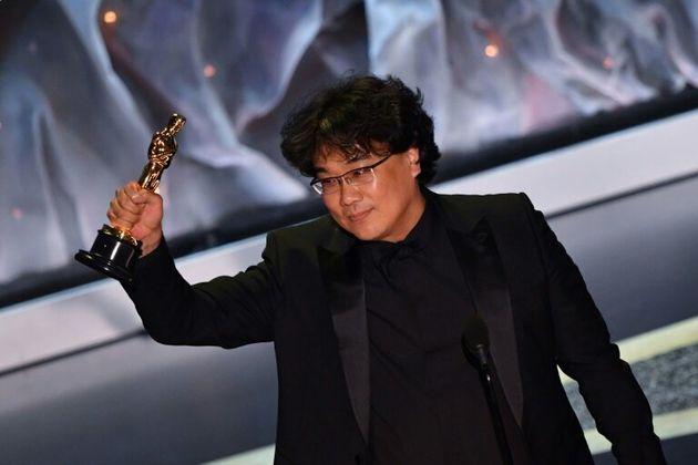 Le réalisateur Bong Joon-ho, récompensé aux Oscars dans la catégorie du meilleur film international pour...