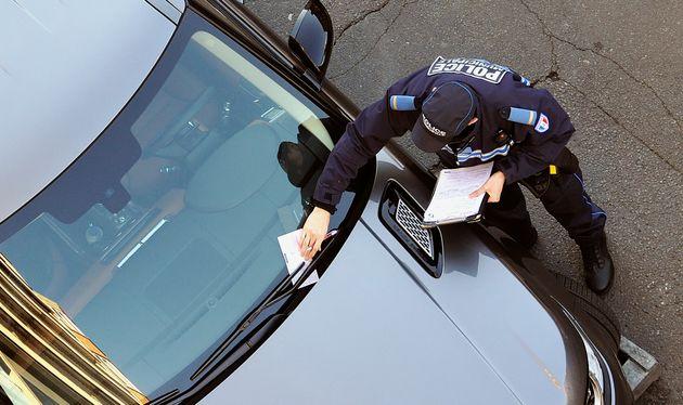 Il n'est désormais plus obligatoire de régler une amende de stationnement avant de pouvoir la contester...