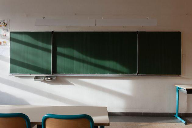 Plusieurs classes ont été contraintes de fermer à cause du coronavirus. (photo