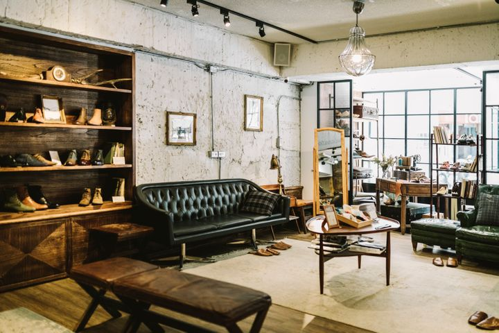 The industrial style combines modern and raw elements, like exposed lighting, metal and leather materials in dark colors like brown, gray and black. Here's where to find steampunk, urban and rustic inspired furniture at every budget.